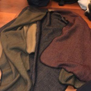 Sweaters - Warm cape